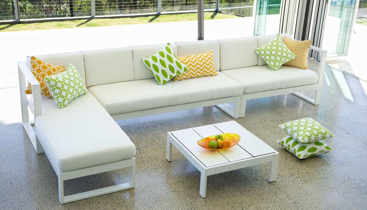 Breeze Modular Lounge